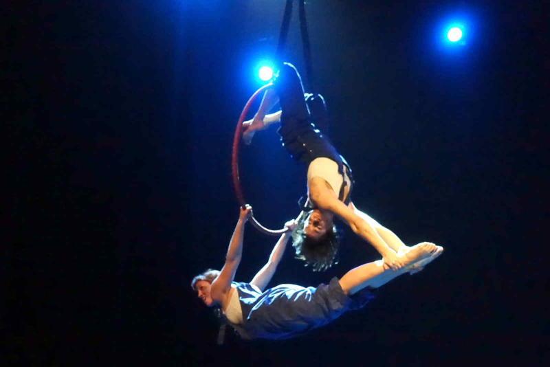kucT-2016-12-09-GALA-CIRKUSKI-SHOW-Triko-cirkus-teatar-DSC02612-m-w